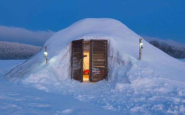 Igloo stay in Manli