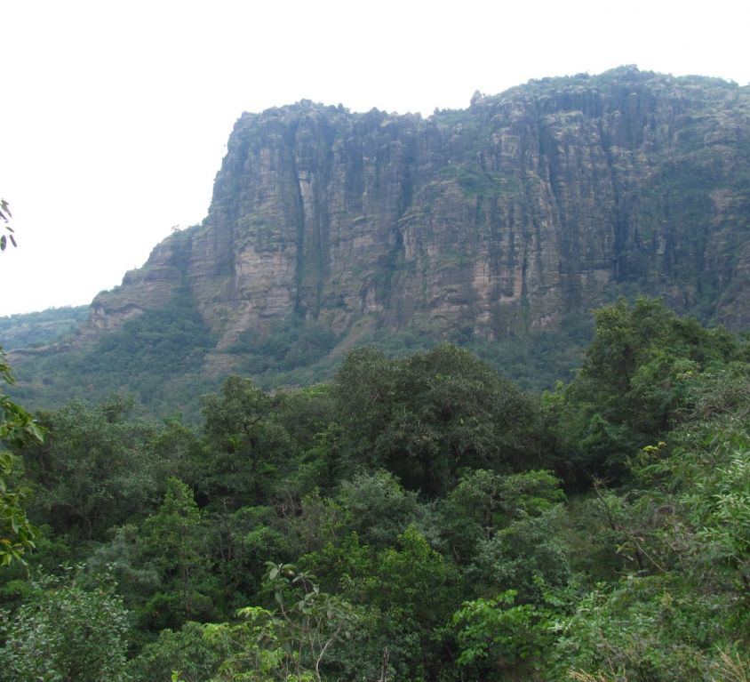 Feature Image of Pachmarhi Madhya Pradesh Tourism